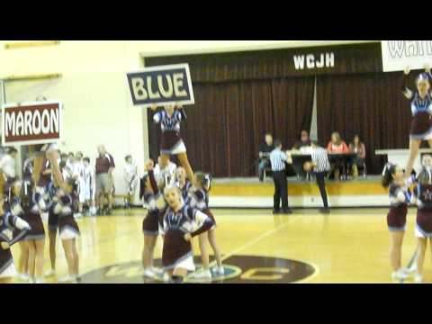 West Carter Middle School Cheerleaders Doing a Routine!