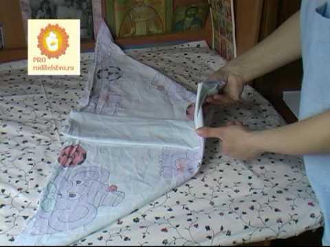 Как сложить тканевой или марлевый подгузник - YouTube d0997790d69