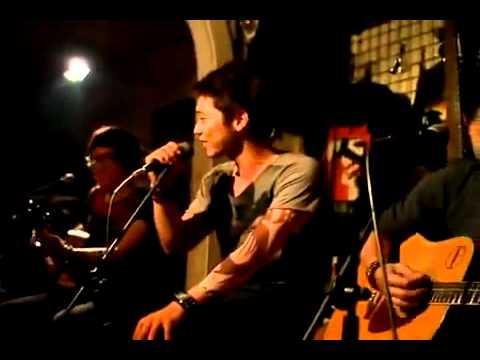 Nhái giọng các ca sĩ VN nổi tiếng bài Cát Bụi - Quốc Việt cùng nhóm nhạc