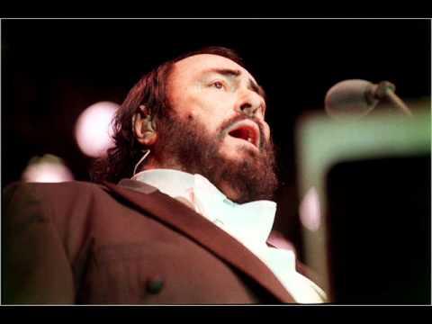 4 PAVAROTTI sings BELLINI's - 'E serbata a questo...'.wmv