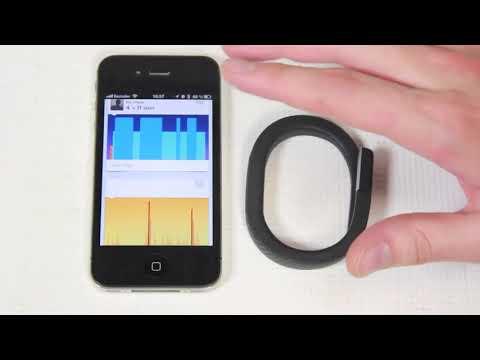 Видео обзор браслетов Nike Plus FuelBand SE и Jawbone UP241