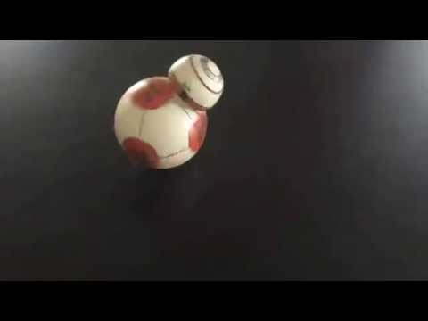 Video: Star Wars Fan Builds Tiny Working Droid