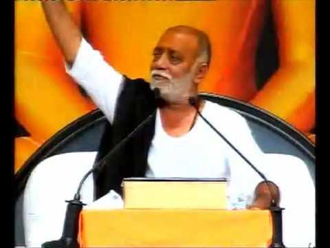Raas at Manas Mukti Katha - Pujya Morari Bapu