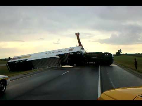 England truck wreck - YouTube