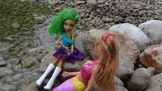 Mermaidias Zauber: Ein Monster und Ever After High Abenteuer