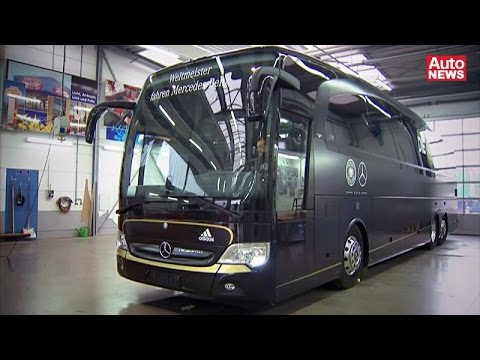 Neuer Mercedes-Bus für die deutsche Fußball-Nationalmannschaft
