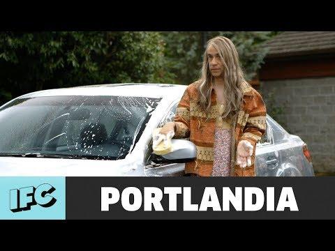 Feminist Car Wash   Portlandia   IFC