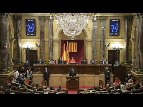 Vea el discurso completo de Carles Puigdemont en el Parlamento Catalán