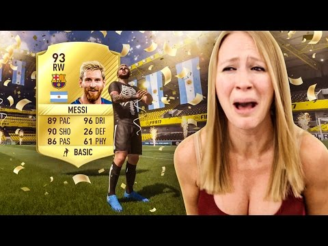 OMFG!! I PACKED MESSI !! FIFA 17 ULTIMATE TEAM !!