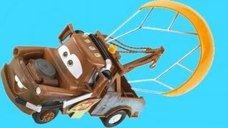 Gear Up and Go Mater with Parachute Cars 2 Buildable Toys Disney Pixar  toy review by Blucollection
