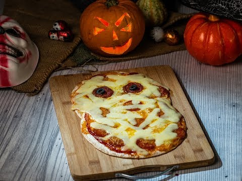 Pizza în formă de mumie