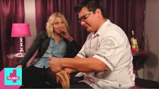 Nikki Goes to a Foot Fetish Party | Not Safe with Nikki Glaser