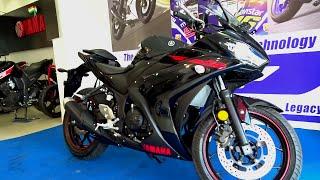 #Bikes@Dinos: Yamaha R3 First Ride, Walkaround Review (Lightning Black, Racing Blue)