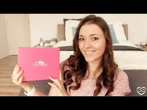 Unboxing WAAT Beauty Box mei 2013