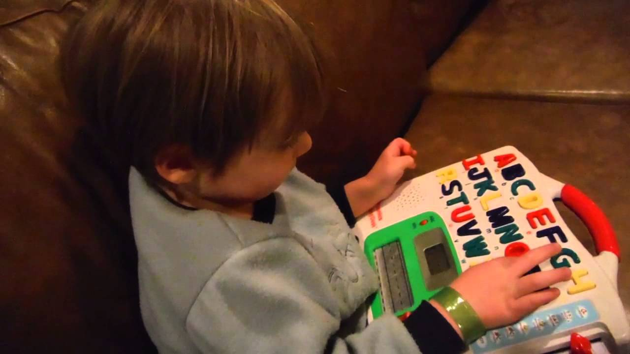 3 Year Old Spelling 3 Letter Words Youtube
