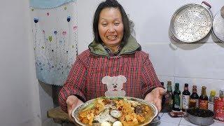 鸡丁米线太好吃,我是老大我要吃最大碗,哈哈哈 看一次笑一次