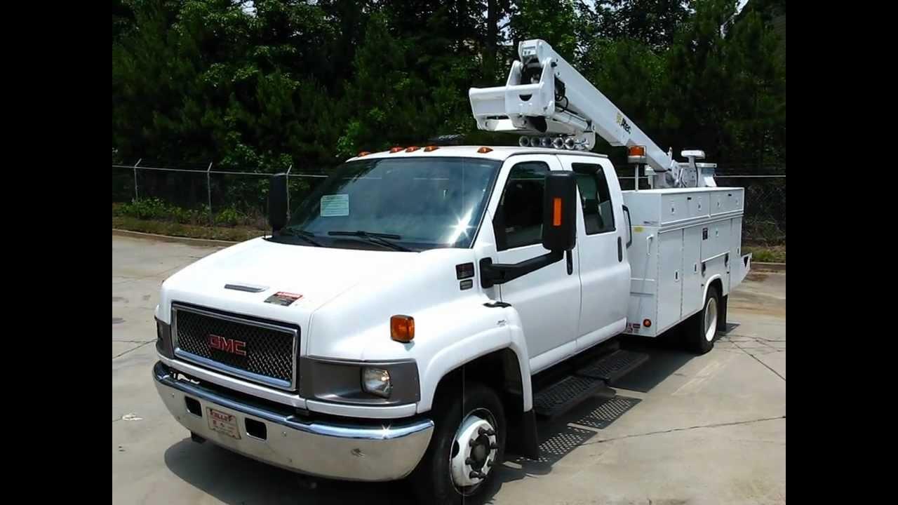 2005 gmc c5500 altec at235 bucket truck w 11ft utility body
