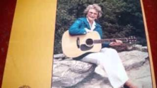 Lula Belle - The Ballad Of Private Rodger Young (c.1986).