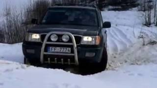Toyota Land Cruiser 100 snow fun