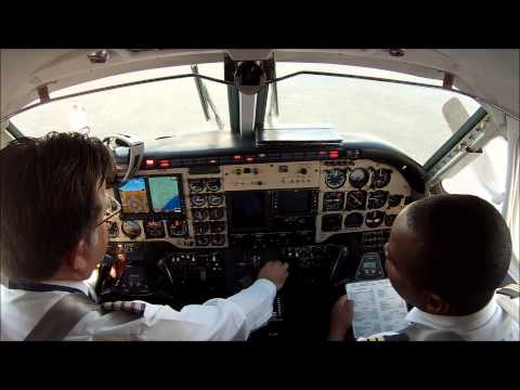 King Air 100 Garrett TPE331 - engine start - YouTube