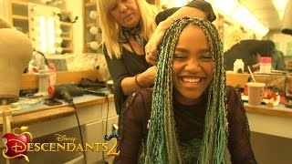 Video Get Real with China Anne McClain | Descendants 2 download MP3, 3GP, MP4, WEBM, AVI, FLV September 2017