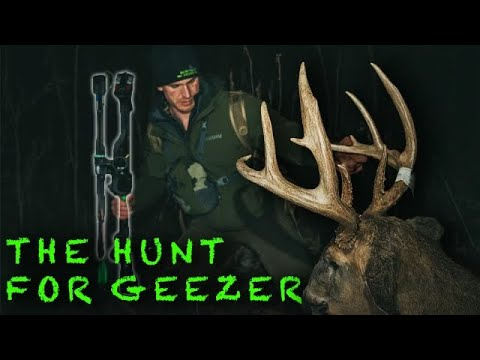 Bowhunting OLD GEEZER an Iowa Bruiser whitetail | Josh Bowmar |