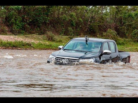 Nueva Toyota Hilux: Travesía por los Llanos Orientales #PorLaCarretera