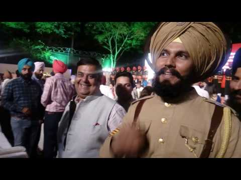 randeep hooda and shekhar gupta at book launch of CM Panjab on 8 apr 2017