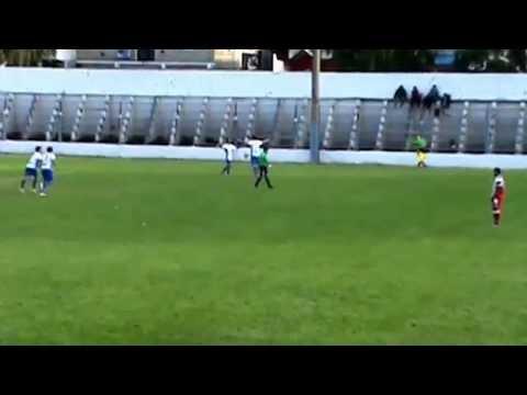 Maximo Lopez Argentino C Dina Huapi 2do gol