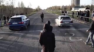BMW X5M vs Mitsubishi Galant VR-4