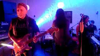 Jenniffer Kae-Little white lies 1st class session 12.02.12 in Uelzen