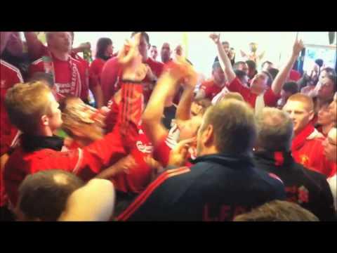 The Luis Suarez Song. Liverpool Fans Vs. United Fans.