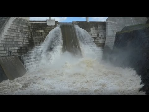 Hinze Dam, Gold Coast - Raging 120% Full