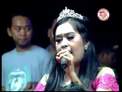Elis Santika Racun Asmara New Palapa Wong Ngujung Bersatu Rembang 17 Oktober 2016