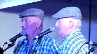 Plinn ton double ( par les Frères Morvan ) fest noz Billio 07/09/2013