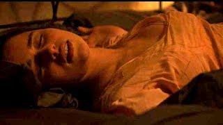 エミリア・クラーク主演、妖しい恐怖に囚われてゆく若く美しき女の魂/映画『ボイス・フロム・ザ・ダークネス』予告編