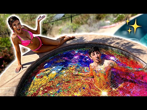 I Filled My Hot Tub With GLITTER - Experiment (ft. Molly Eskam)
