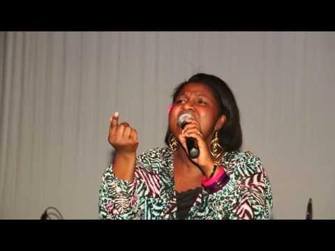 Evelyn Amo - Inspirational Worship Songs For Prayer Times