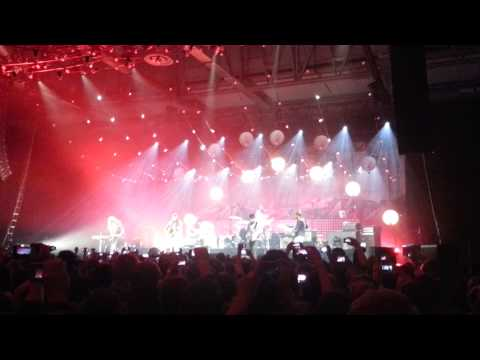 Mumford and Sons & First Aid Kit - The Lions Roar (Live at Annexet, Stockholm)