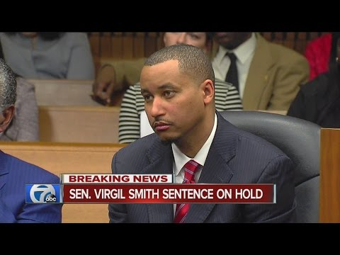 Plea deal for Virgil Smith may be pulled over issue regarding resignation from office
