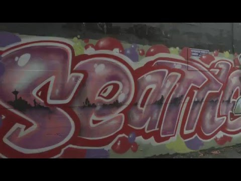 graffiti in seattle two sides of the spray can youtube