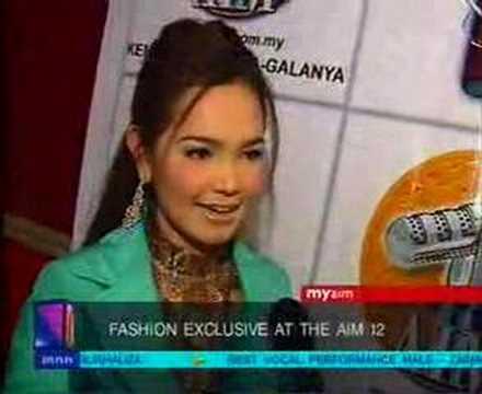 When Siti Nurhaliza tries to speak English..