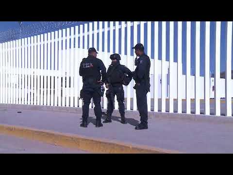 En plena vía pública se suicida un agente de la Policía Federal
