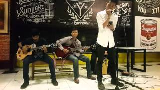 Alter Bridge - Open Your Eyes Acoustic Cover Live @ Papyrus Cafe