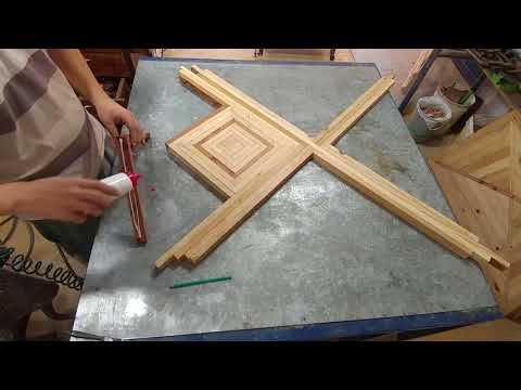 Mesa de madeira marchetada (Parte 01)