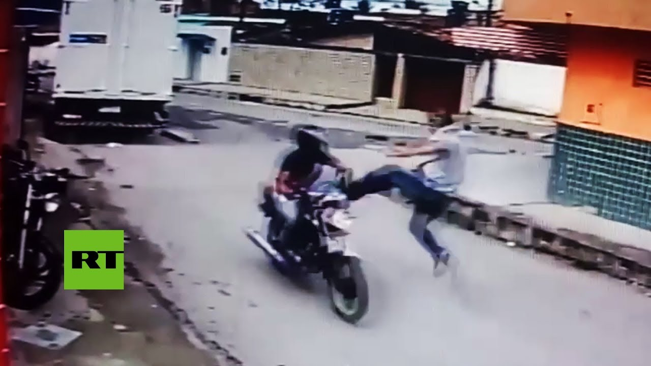 Man karate-hits burglar in motorbike after seeing his fake gun