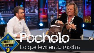 Pablo Motos descubre qué tiene Pocholo Martínez-Bordiú dentro de su mochila - El Hormiguero