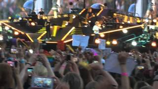 One Direction - What Makes You Beautiful (13/06/15 Brussels OTRA Tour - HD.)