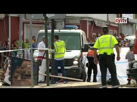 Un muerto y siete heridos al volcar una  carroza en las fiestas de Tordesillas