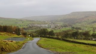 Yorkshire Dales Country Walk - Reeth to Scabba Wath Bridge by the River Swale round